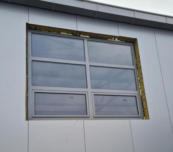 GRP Centar - Proizvodna hala - PVC prozor - Spoljašnji izgled