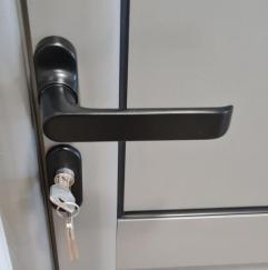 GRP Centar - Proizvodna hala - PVC vrata - Brava