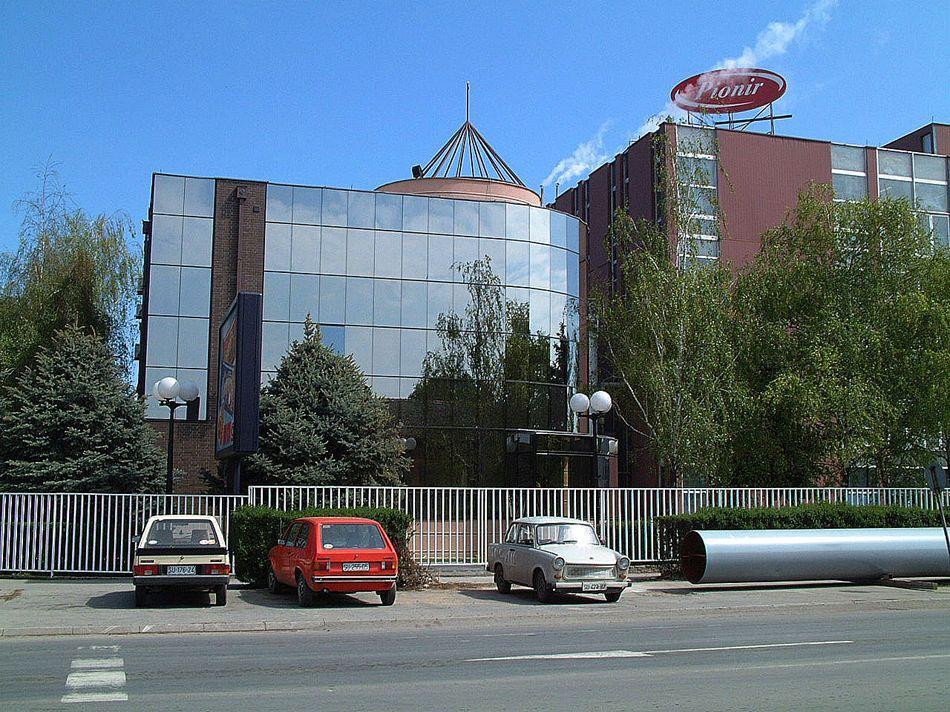 PIONIR Subotica - Ulicna strana