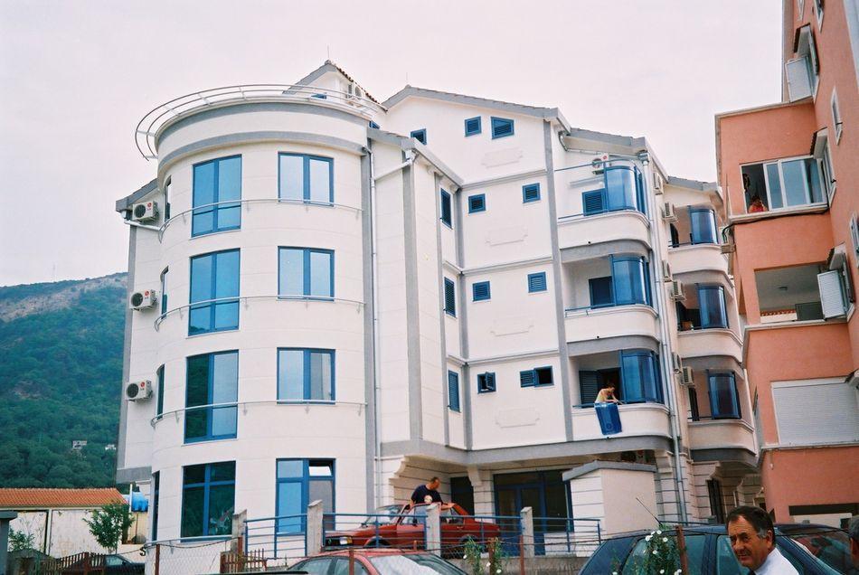 Stambena zgrada Budva - Cilindar, spolja