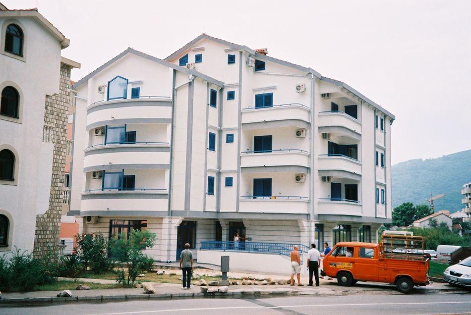 Stambena zgrada Budva - Krupni plan 1